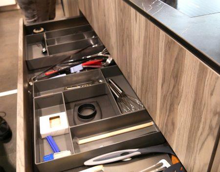 Besteckschublade, indiv. Gestaltungsmöglichkeit mit Domino Box